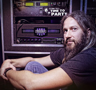 Troy Sanders of Mastodon with his new Bass Strategy Eight:88 - on tour now. Troy has been playing Mesa bass gear for more than decade. His favorite cabs are still his Road Ready 8x10 and 4x12 cabs.