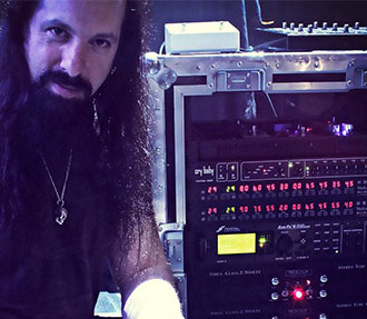John Petrucci and his Mesa Stereo 2:90 Rig