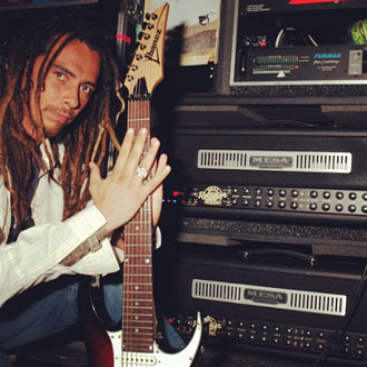 Munky of Korn with his Road King and Triple Rectifier rig
