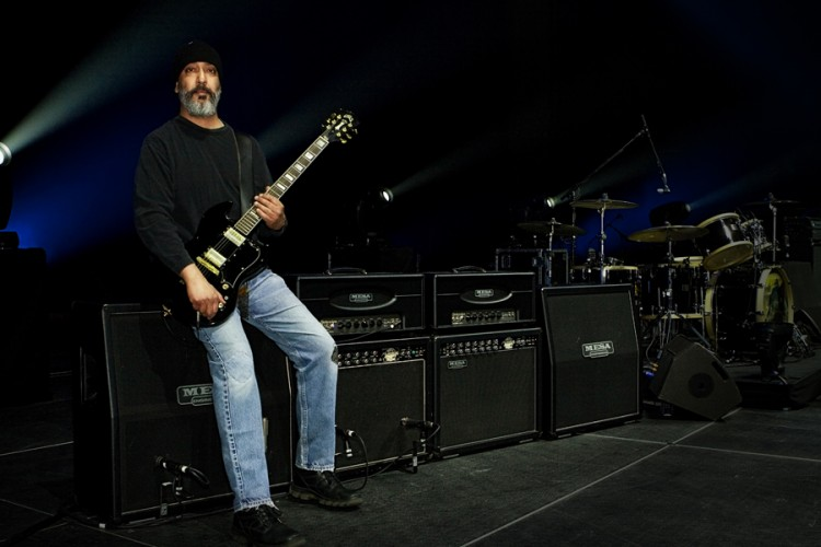 Kim Thayil of Soundgarden and his MESA/Boogie Electradyne/Tremoverb combo rig in 2011