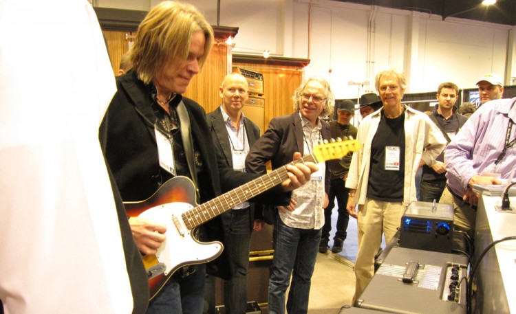 Andy Timmons playing through the TransAtlantic TA-30 for the first time at NAMM 2011