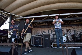 Set Your Goals (Joe Saucedo & Dan Coddaire) on Vans Warped Tour 2011