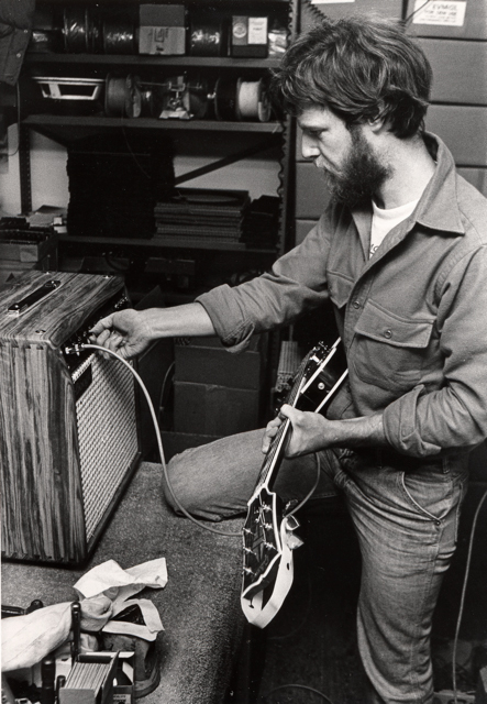 A young Randall Smith in a rare playtest moment with a Mark series amp