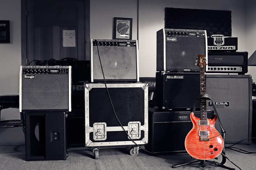 The Tone Lounge with Snakeskin Mark Is, TransAtlantic, TA-30, Royal Atlantic RA-100 and Carlos' fabled PRS