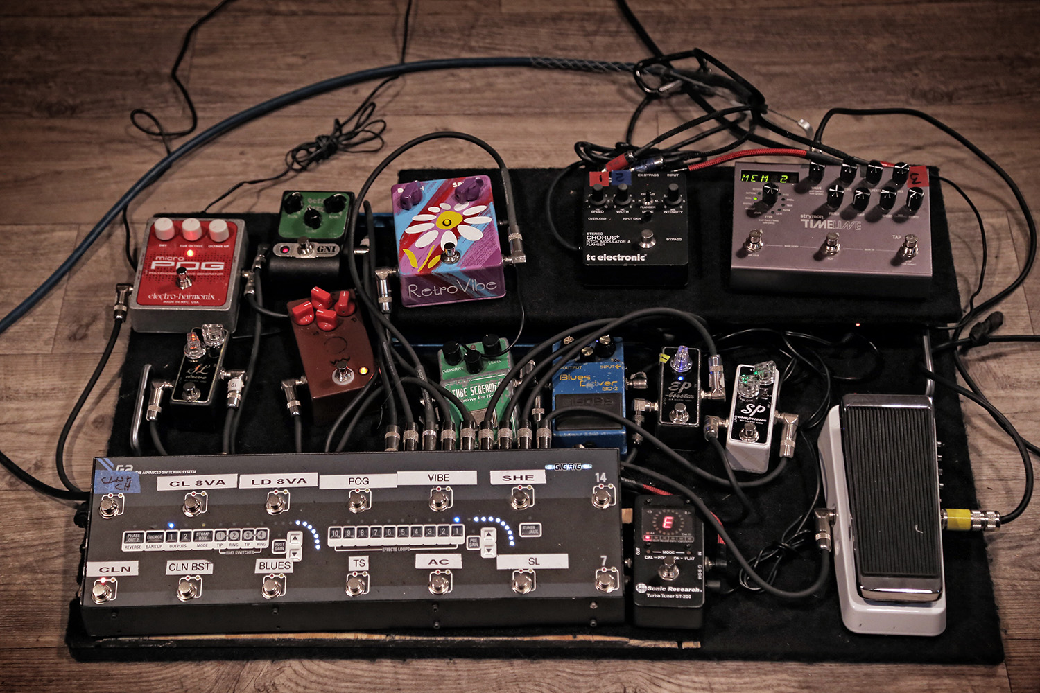 Andy Timmons Pedalboard behind the scenes