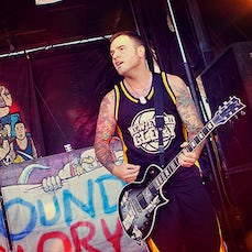 Chad Gilbert - New Found Glory